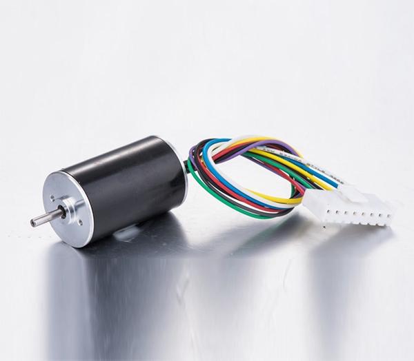 Electronic crimping tool brushless motor